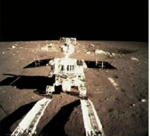 Kendaraan penjelajah Bulan milik China Yutu. www.news.cn