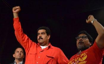 Presiden Nicolas Maduro dan Sekretaris Jenderal PVC, Oscar Figuera, pada Konferensi XII Partai Komunis Venezuela